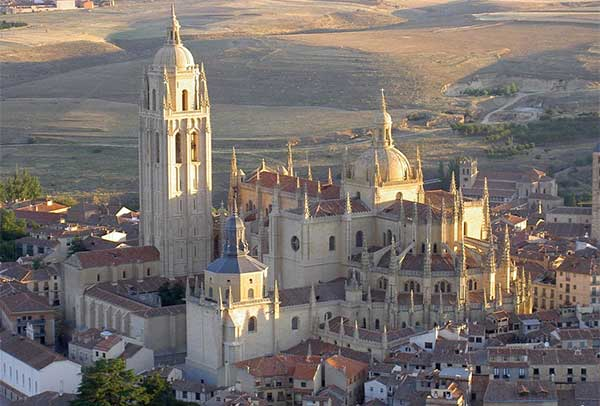torre de la catedral de segovia