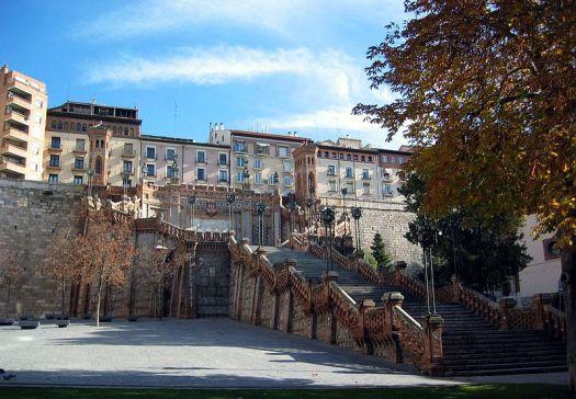 La escalera del óvalo en Teruel