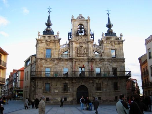 que ver en Astorga león plaza del ayuntamiento