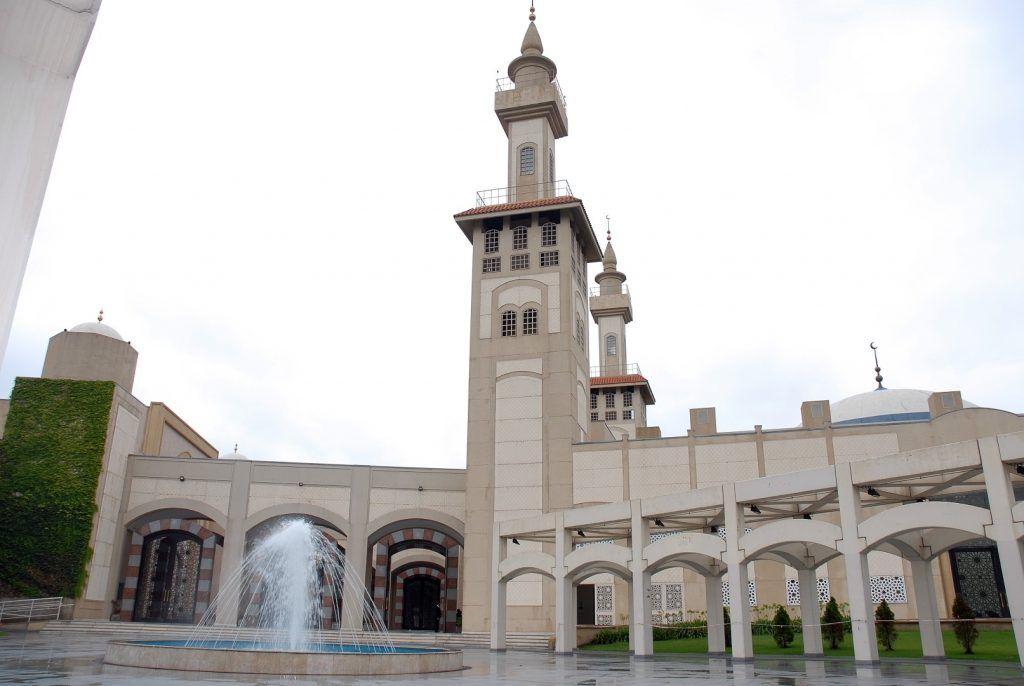 la mezquita mas grande