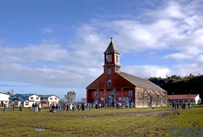 IGLESIAS DE CHILOE CAGUACH TURISMO RELIGIOSO