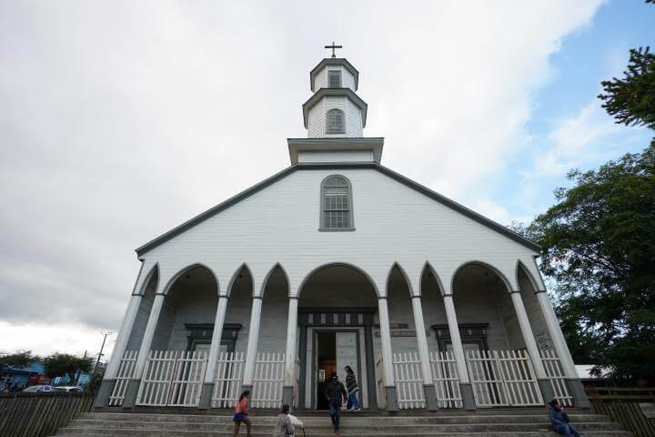 IGLESIAS DE CHILOE DALCAHUE TURISMO RELIGIOSO