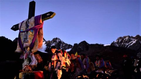 señor-qoyllurriti-cusco - La fiesta del Señor de Qoyllur Rit'i es una peregrinación anual de decenas de miles de personas, en su mayoría desde pueblos de montaña.
