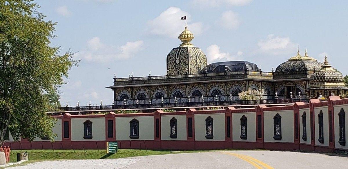 Palacio de Oro: Moundsville, West Virginia