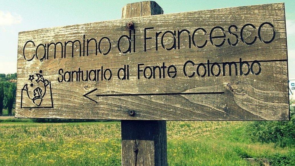 Camino de Francisco señaletica turismo religioso