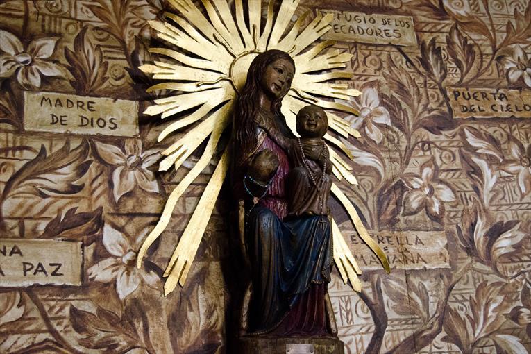 Virgen morena de la parroquia de Nuestra Señora de Belén