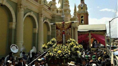 La Santísima Cruz de Motupe es una devoción peruana originaria del distrito de Motupe, en el departamento de Lambayeque. El 2 de agosto, la Santísima Cruz de Chalpón es bajada en hombros desde la cima del cerro