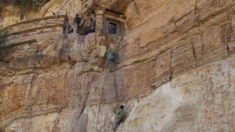 monasterio de debre en África