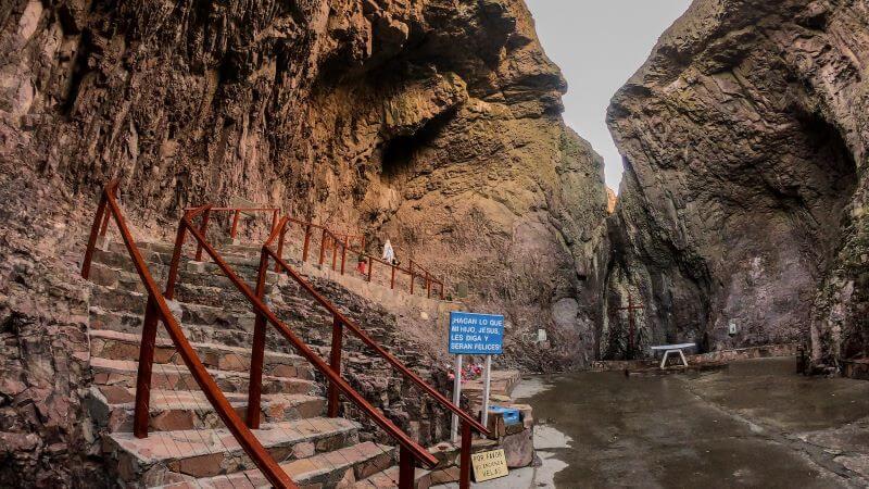 gruta de lourdes celebracines religiosas