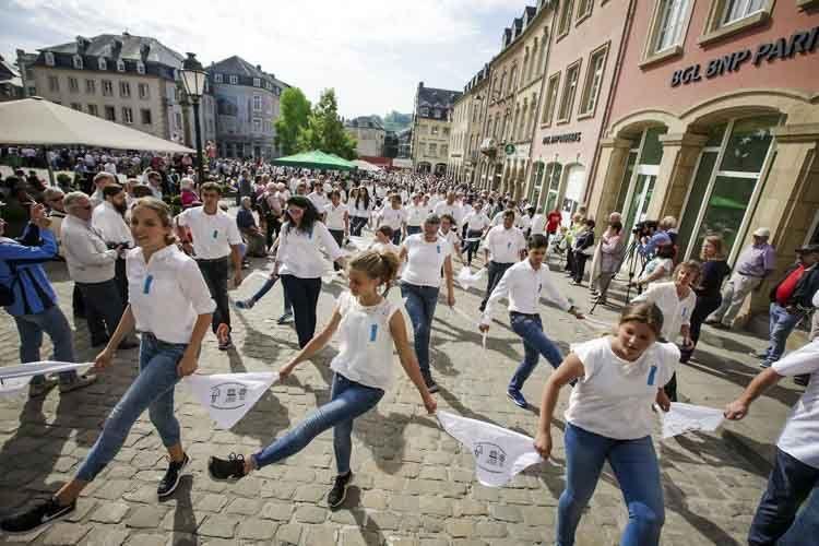 Fiesa danzante en Luxemburgo
