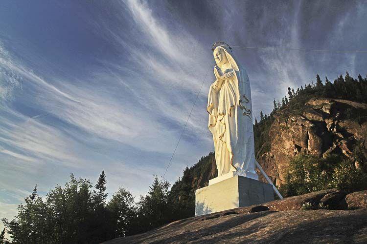 El Chemin des Sanctuaires de Montreal / Sainte-Anne-de-Beaupré es una invitación a vivir una experiencia única. Compostelas de Quebec