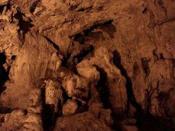 Formaciones Cuevona en Cueves, Ribadesella