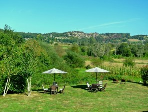 Casa Rural Ribadesella. Jardín con vistas