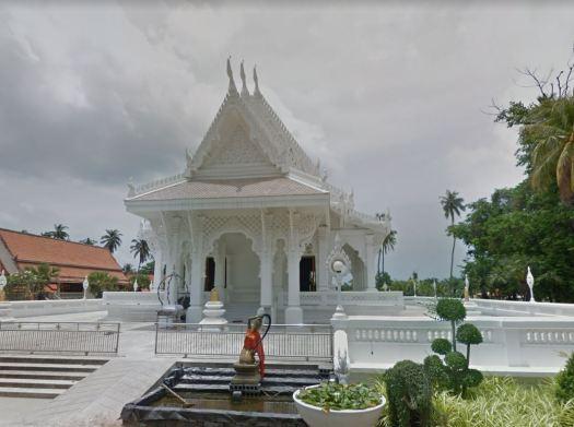 буддийский храм Ват Саванг