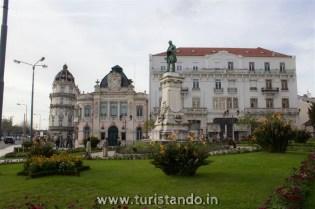 %name Conheça a Universidade de Coimbra e a biblioteca Joanina!