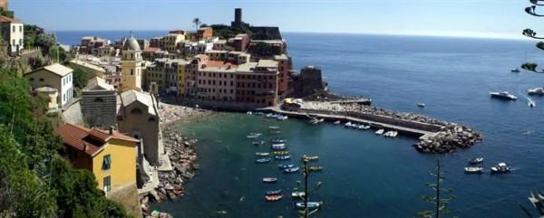 """Cinque Terre 21giu08 4 Vernazza 64 600x241 Top5: 5 destinos para curtir o verão: """"Cinque Terre"""" na Itália"""