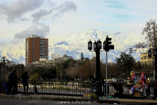 Turistando in Chile Santiago 5 600x400 SKY Costanera em Santiago: Os Andes vistos do alto!