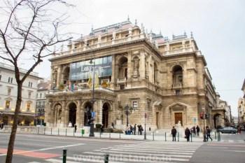 Budapeste Opera House 1024x683 Conhecendo o lado Peste em Budapeste