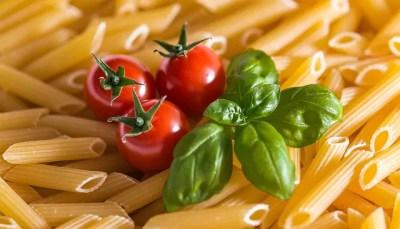 pasta 2936529 640 400x229 Italiano para Viagem: O café da manhã na Itália