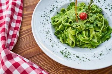 pasta 3219646 640 376x250 Italiano para Viagem: As etapas de uma refeição italiana (almoço e janta)