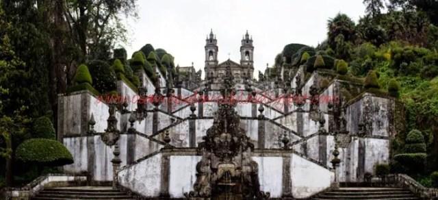 Escadario de Bom Jesus do Monte1 Um dia na cidade de Braga em Portugal