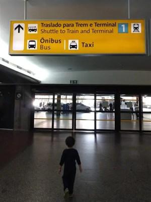 Turistandoin como pegar o trem do Aeroporto de Guarulhos 1 300x400 Como pegar o trem para o Aeroporto de Guarulhos (opção até o Brás)