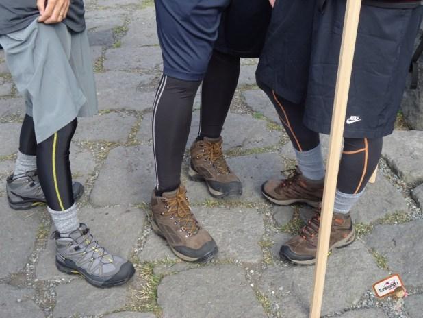 Os calçados e as calças térmicas.