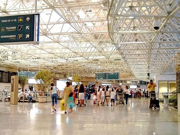 Saguão do terminal nacional