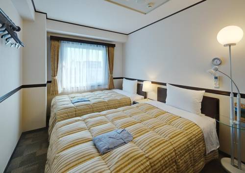 toyoko-inn-nagano-eki-zenkoji-guchi-photos-room-hotel-information