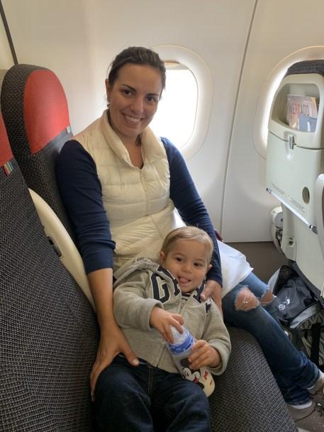 voo de avião com bebês
