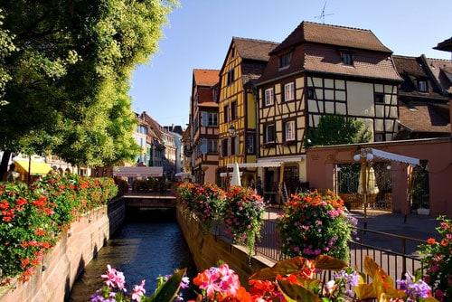 Alemania tiene cientos de pueblitos pintorescos dignos de un poema de Becquer.