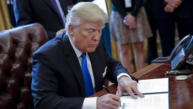 Photo of ترامب يبقي على قائمة حظر السفر لأمريكا ويستثني العراق