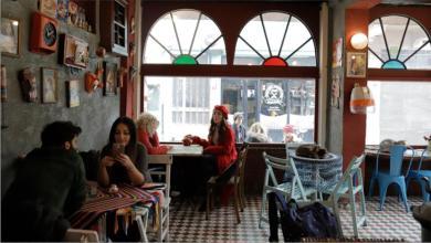 """Photo of إسطنبول.. المقاهي العثمانية في """"بلاط"""" ترحل بك الى الماضي"""