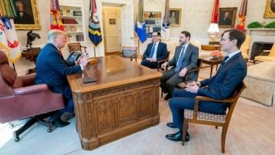 Photo of ترامب يستقبل وزير الخزانة والمالية التركي في البيت الأبيض