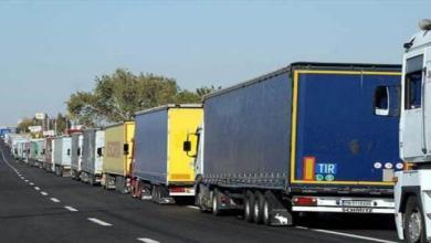 Photo of عشرات الشاحنات التركية عالقة عند المعابر السعودية.. ومصادر تؤكد انتهاء الأزمة