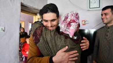 """Photo of تقديرا لشجاعته.. أردوغان يكافئ السوري """"محمود"""" وعائلته"""