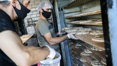 """Photo of خبز رمضان.. الأفران التركية تحضر """"بيدا"""" لليوم الأول"""