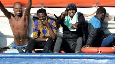"Photo of ""الآن اكتشفنا أهميتهم"".. إيطاليا تمنح أكثر من نصف مليون مهاجر غير شرعي حق الإقامة"
