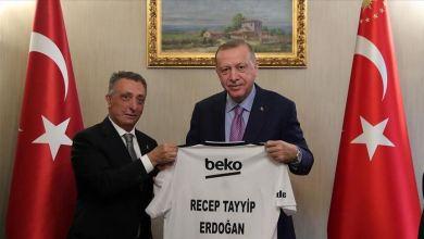 Photo of أردوغان يتصل برئيسي غلطة سراي وبشيكطاش للاطمئنان على صحتيهما