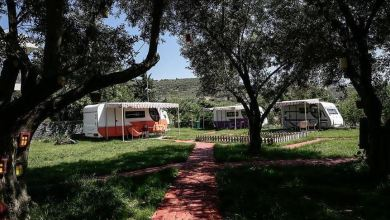 """Photo of """"البيوت المتنقلة"""" لقضاء العطل.. مشروع تركي يتحدى كورونا"""