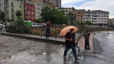 Photo of إنقاذ 3 أطفال سوريين ومصرع شاب بسبب سيول إسطنبول