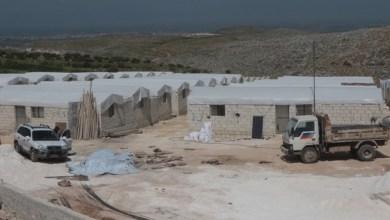 Photo of أردوغان يتكفل بنفقات بناء 50 منزلا للنازحين في إدلب و وزير خارجيته ب 10