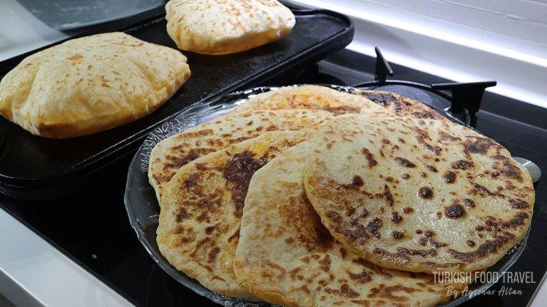Potato Flatbread: Velibah / Aloo Paratha