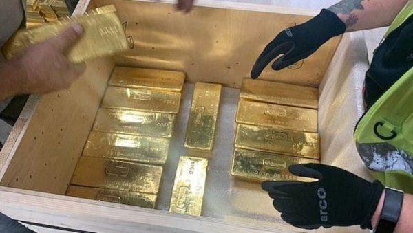 Polonya'nın Naziler'den kaçırdığı altınlar geri getirildi