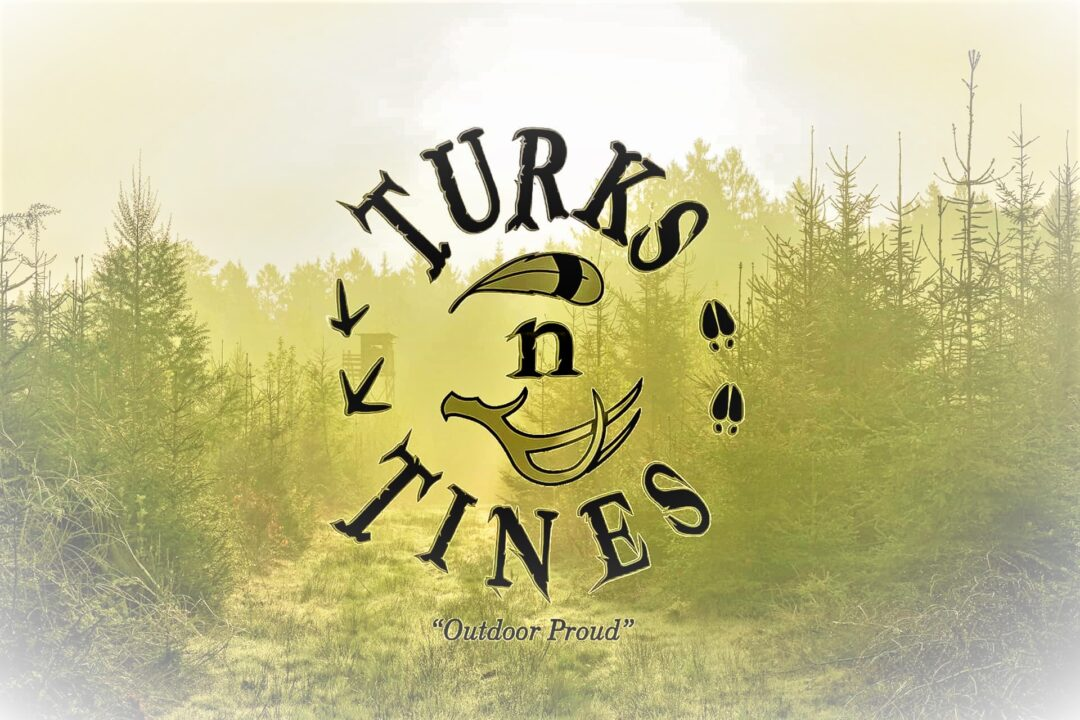 Trail-Camera_Hunting-Wood-Hood-Turks-n-Tines
