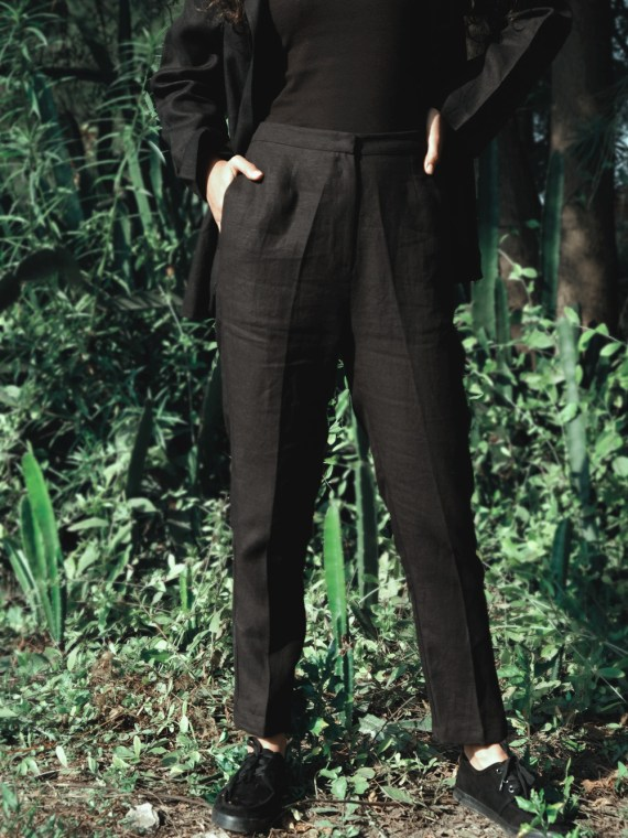 Black Linen Narrow Pants