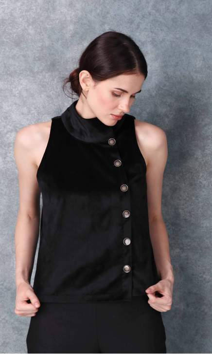 Velvet Band Collared Black Shirt