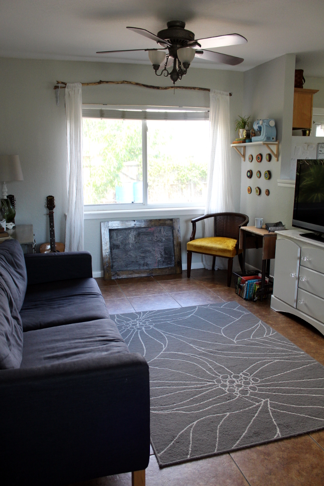 Living Room NE Couch