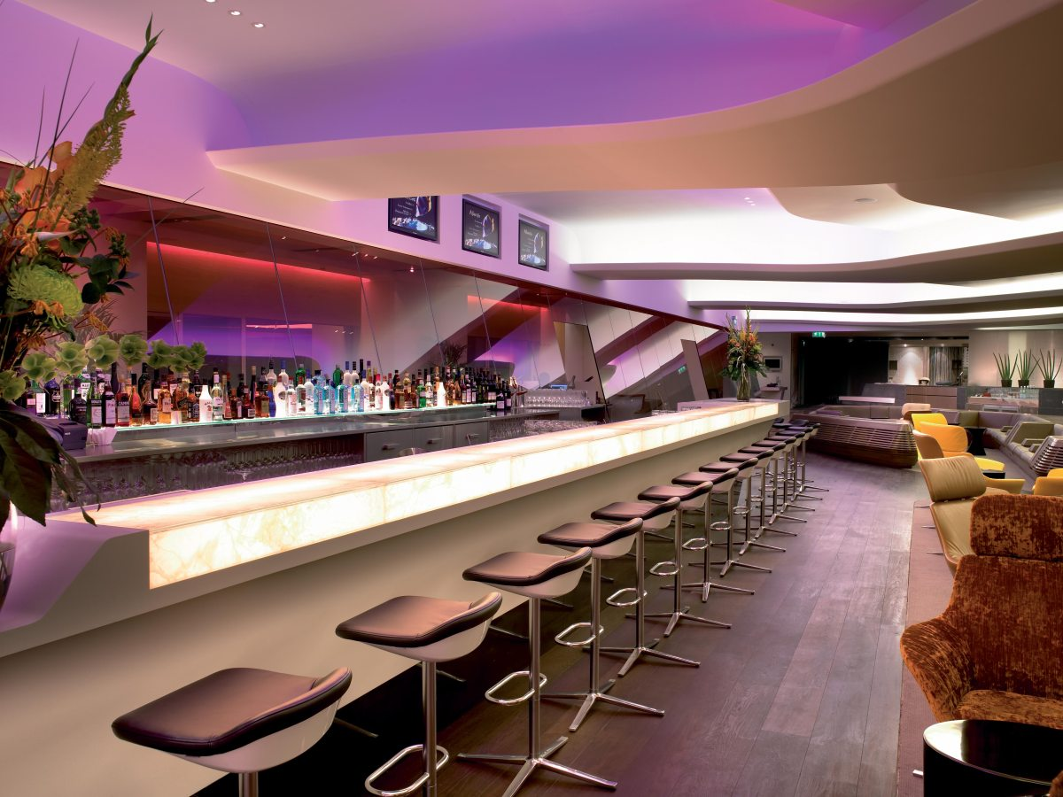 Virgin Atlantic Clubhouse London Heathrow T3 review - the best lounge at Heathrow?
