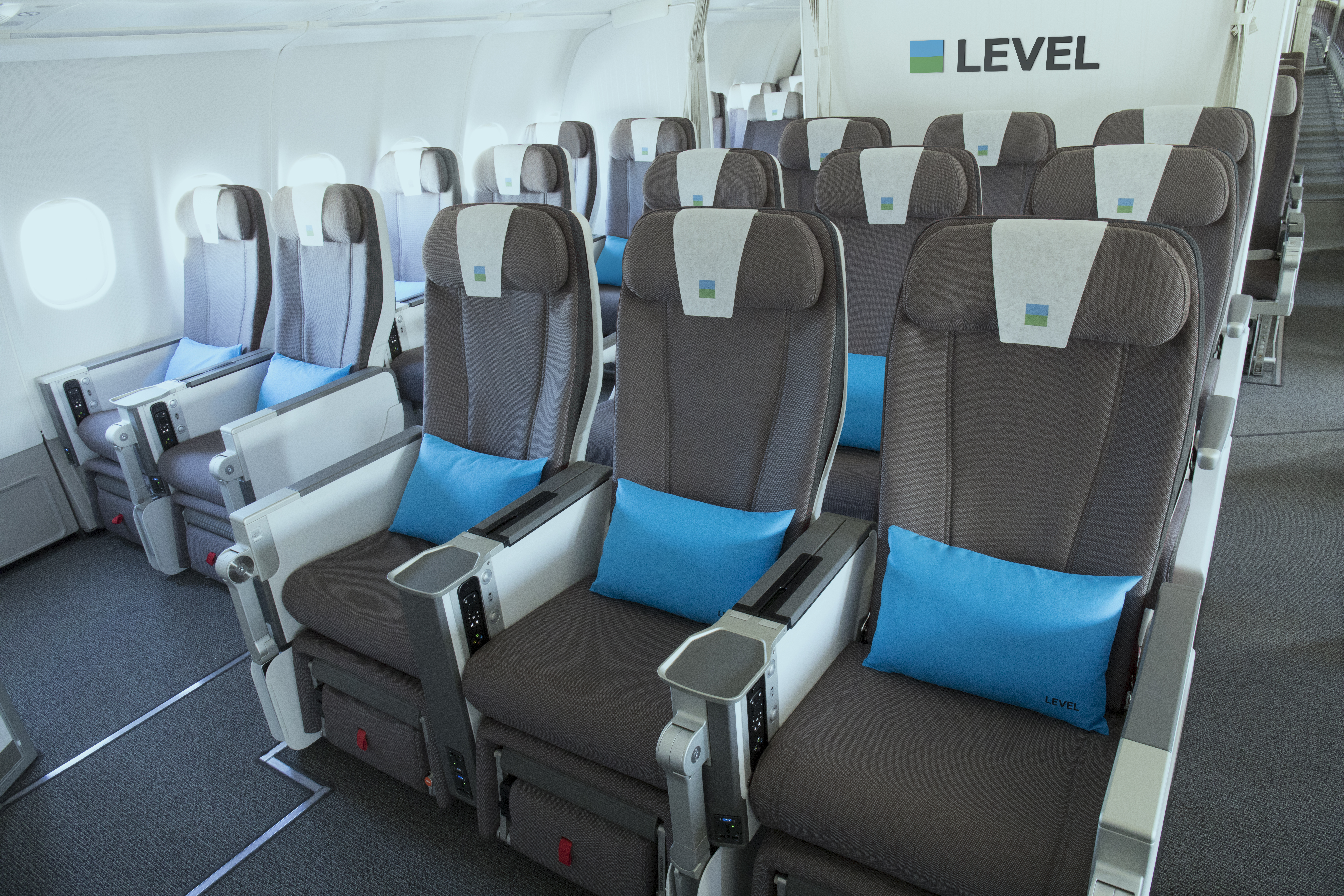 LEVEL starts from Paris flights to Montreal, Martinique